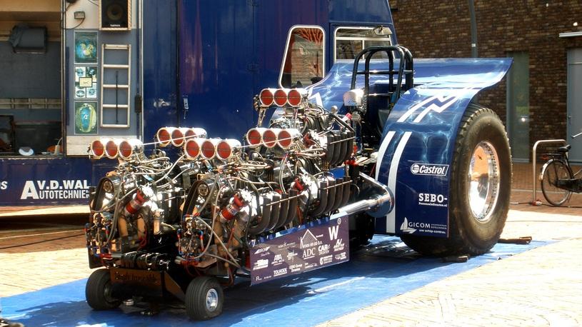 Хит-парад. Моде вопреки или 5 самых больших атмосферных моторов
