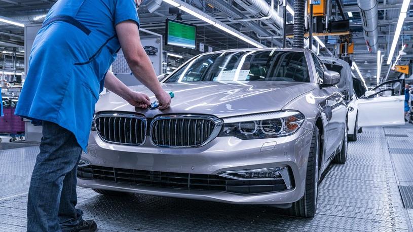 Пьяные и обкуренные рабочие парализовали работу завода BMW