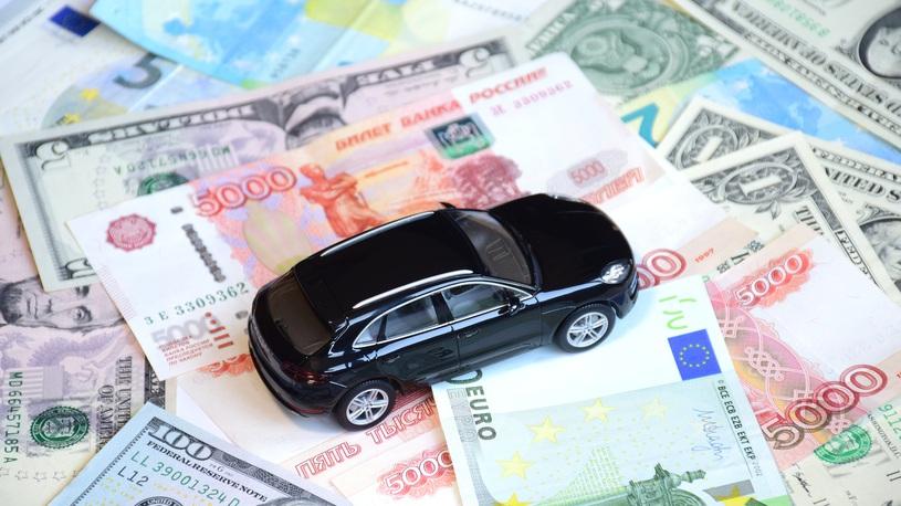 За половину октября цены выросли у 16 марок в России