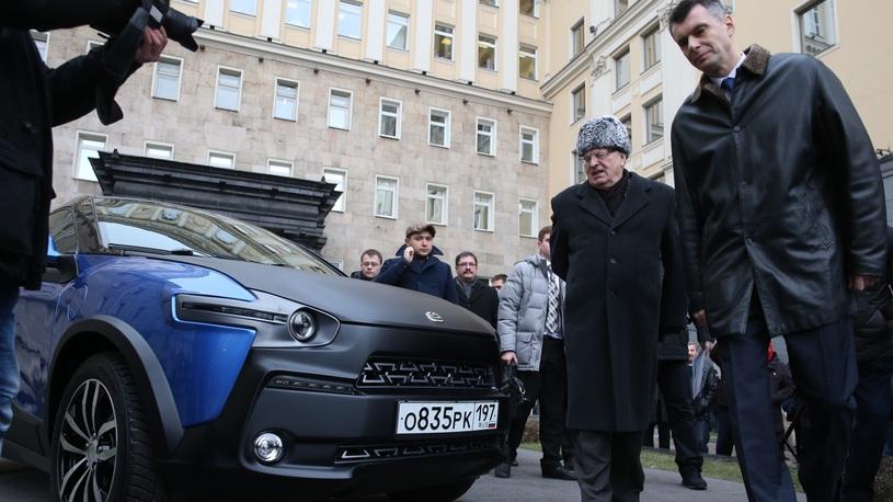 Правительство поможет Жириновскому починить его