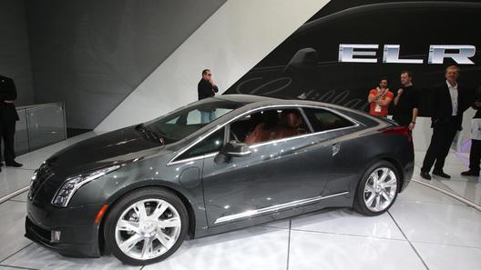 Дилеры Cadillac скинули 13,6 тысяч долларов с цены гибрида ELR