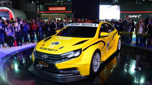 Гоночная Lada Vesta WTCC выйдет на трек в 2015 году