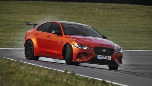 Jaguar представил самый мощный автомобиль