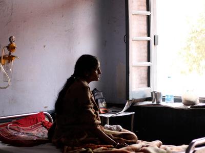 Число жертв гиндукушского землетрясения продолжает расти