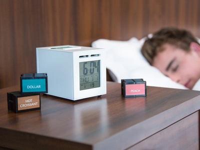 Часы SensorWake будят запахом денег и кофе