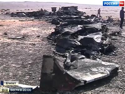 Крушение А321 в Египте: взрывная разгерметизация и развал на куски в воздухе