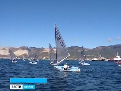 В Сочи съехались сильнейшие спортсмены-парусники