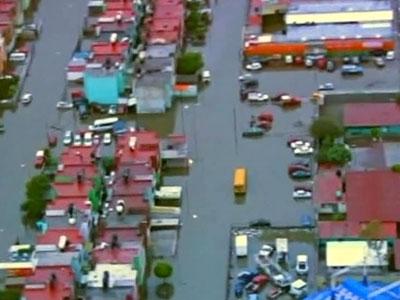 Ураган в Мексике: затоплены 800 домов, эвакуированы 2000 жителей