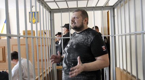Мосийчук пожаловался, что в СИЗО приходится просыпаться от звуков российской попсы