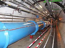 Китай планирует строительство сразу двух коллайдеров: к <b>2028</b> году электрон-позитронного и к <b>2035</b> году протон-протонного  ((фото Julian Herzog/Wikipedia Commons).)