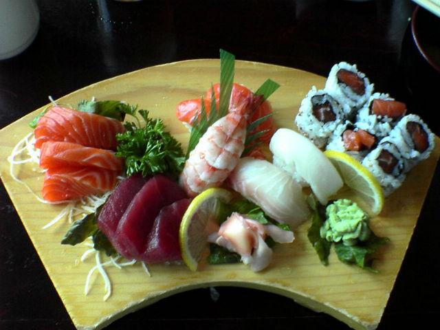 Из-за популярности суши исчезают целые популяции рыб (фото Wikimedia Commons).
