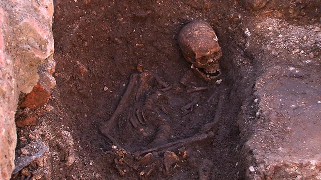 Тело Ричарда III было захоронено монахами-францисканцами (фото University of Leicester).