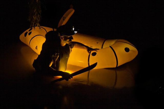 Розоли охотится в бассейне Амазонки (фото Discovery Channel/Mohsin Kazmi).