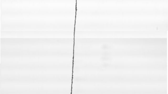 Несколько тысяч металлических капель выложили в крошечный столбик, высота которого составила всего 2 миллиметра, а диаметр — 5 микрометров (фото University of Twente).