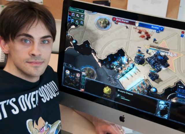 Аспирант Джо Томпсон изучал скорость реакции и познавательные возможности геймеров (фото Simon Fraser University).