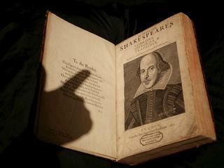 Английский поэт Кристофер Марло признан соавтором Шекспира