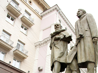 На открытии памятника К.С. Станиславскому и Вл.И. Немировичу-Данченко / Автор: Екатерина Цветкова