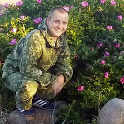 Похороны бойца морской пехоты Александра Позынича проходят в эти минуты в Новочеркасске