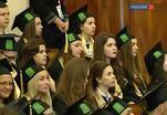 В вузах проходит вручение дипломов выпускникам