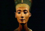 100 лет назад был найден самый известный портрет Нефертити