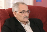 Одному из корифеев музыкально-комедийного кино Леониду Квинихидзе сегодня 75