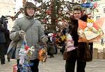 В Кремле наряжают елку