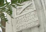 Родственники Станиславского возложили цветы к могиле основателя МХТ на Новодевичьем кладбище