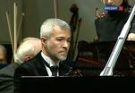 Дирижер Симон Гауденц и пианист Павел Нерсесьян дали первый совместный концерт в цикле