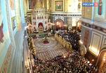 В Храме Христа Спасителя проходит божественная литургия