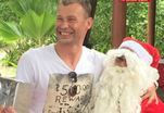 Березуцкий посидел на коленках у Деда Мороза