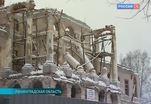 Дворец в Ропше находится в руинах