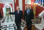 Владимир Путин посетил Музей сословий Ильи Глазунова