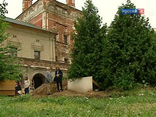 Колодец XVII века обнаружен на территории Высоко-Петровского монастыря
