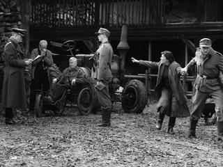 Начались предпремьерные показы фильма Кончаловского