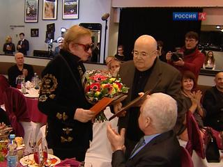 Роман Виктюк получил премию председателя СТД