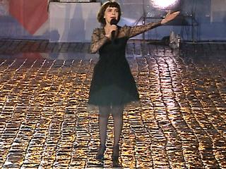 Мирей Матье выступит на фестивале