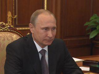 Путин поручил выделить русский язык и литературу в самостоятельную предметную область