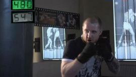 Зубодробительный эксперимент: на что способен удар боксера?