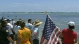64-летняя американка проплыла от Кубы до США