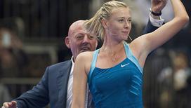 Зажигательные танцы теннисисток после победы