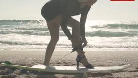 Удивительное видео. Серфинг на шпильках
